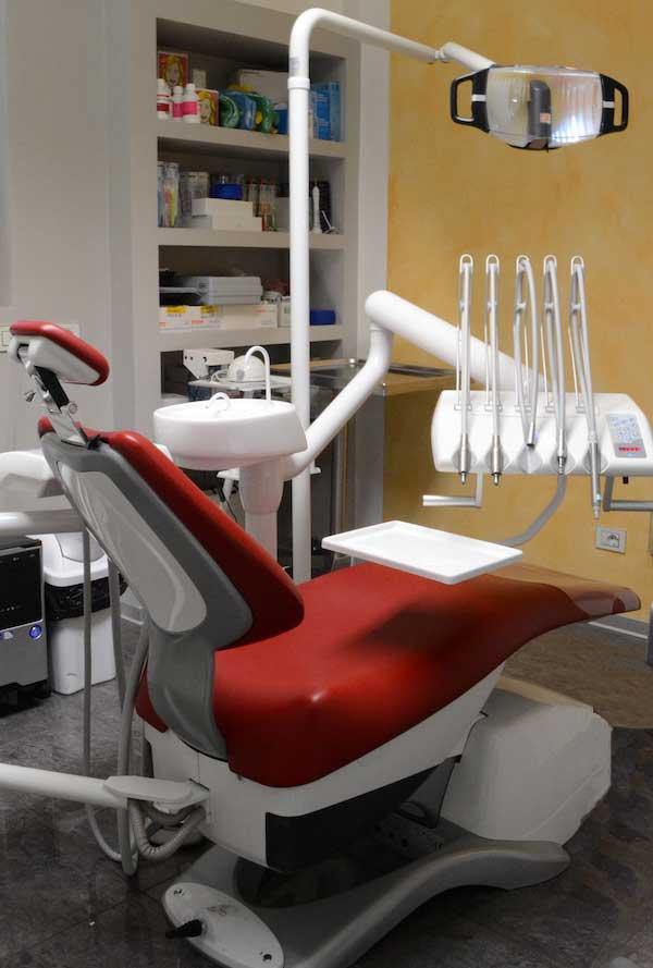 dentista nerviano poltrona dentista